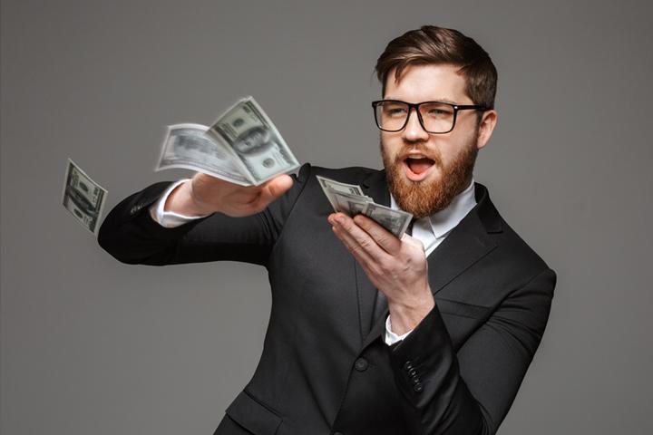 Pénzügyesek